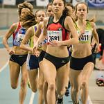 1.500 M Dames met vooraan Fien Schelfhout (ASV Oudenaarde) & C�line Roelens (Hermes Oostende @ Kampioenschap van Vlaanderen - BLOSO Topsporthal - Gent