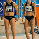 Start 800 M Dames met Jessie Raes (Houtland AC) & Yentl Vandenberghe (AV Lokeren) @ Kampioenschap van Vlaanderen - BLOSO Topsporthal - Gent