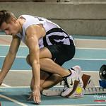 Massismo Renson (FLAC Oostkamp) in de startblokken van de reeksen 2OO M @ Kampioenschap van Vlaanderen - BLOSO Topsporthal - Gent